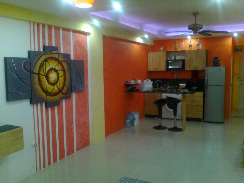 Very well apointed studio apartment with pool 5 minutes walk to the beach (centrally located) - Image 1 - Pattaya - rentals