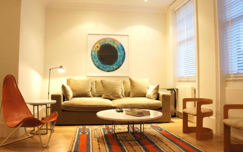 Living Area - The Peony Apartment - London - rentals