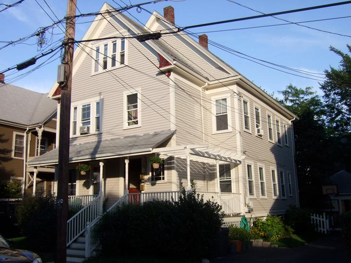 Front Sunny Side - Sunny 2 Bedrooms Victorian Fully Furnished Condo - Boston - rentals