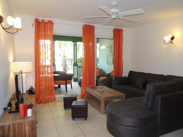 Great Two Room Apartment Fully Renovated - Image 1 - Saint Martin - rentals
