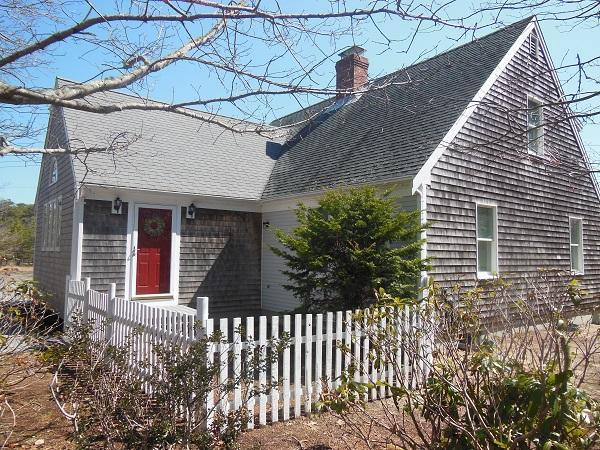 Pretty 4 Bedroom Near Bike Path & First Encounter!! (1752) - Image 1 - Eastham - rentals