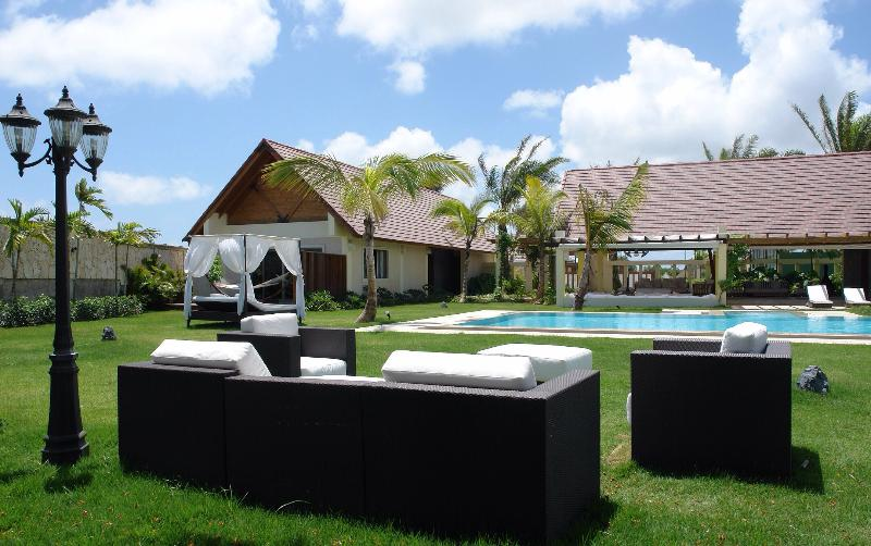 General view from the garden - Spectacular Caribbean Villa design - Punta Cana - rentals
