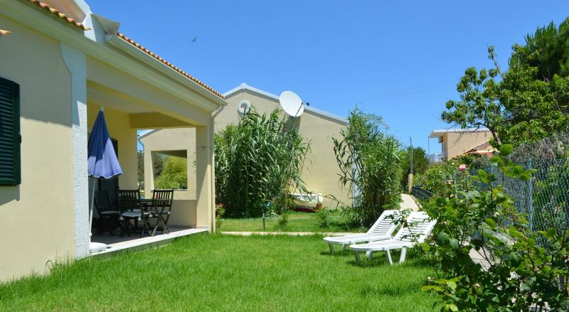 villa exterior and garden - HYACINTH 2 BEDROOM VILLA - 200M FROM THE BEACH - Argyrades - rentals