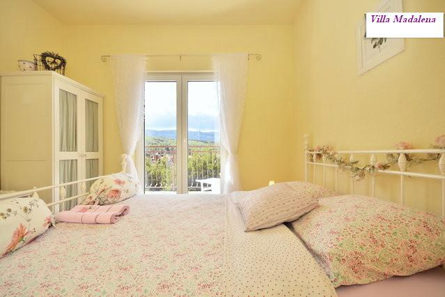 bedroom 1 - Beautiful Luxury Apartment Villa Madalena Sea View - Vrboska - rentals