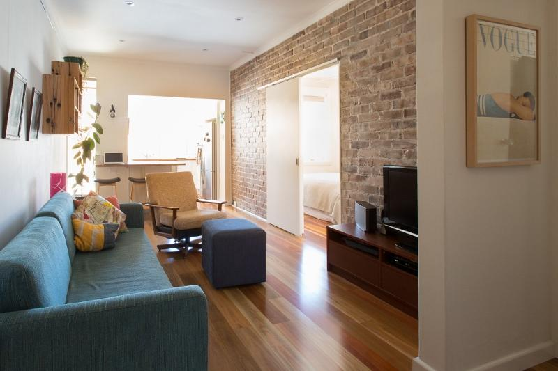 Living Area - Renovated Potts Point Pad - Sydney - rentals