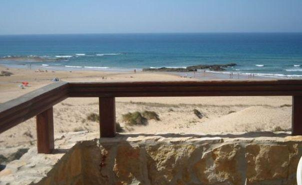 Cozy holiday apartment on the beach  for up to 6 people - PT-1077210-Aljezur - Image 1 - Aljezur - rentals