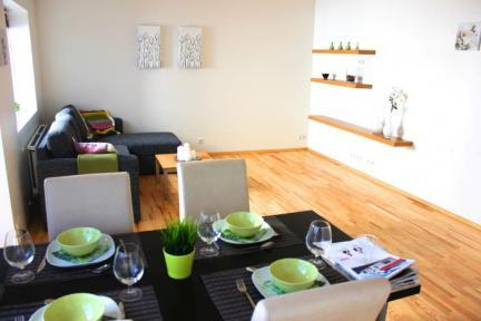 Beautiful and Cozy Apartment in Reykjavik City Center - Image 1 - Reykjavik - rentals