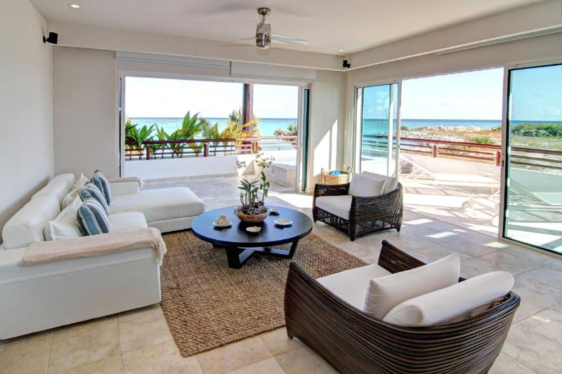 Modern, spacious and luxurious - Oceanfront 2 Bedroom Apartment Cap Cana - Punta Cana - rentals