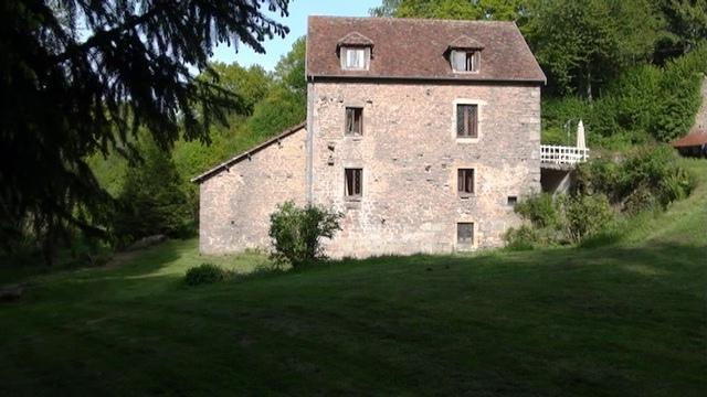 The Mill from the grounds - Holiday rental in a water mill in Burgundy - Burgundy - rentals