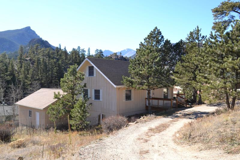 Private 4 Bedroom house - Great Views - Image 1 - Estes Park - rentals