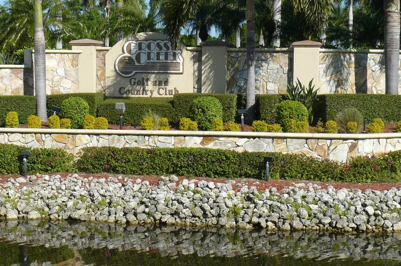 Fort Myers Golf Course Condo - Image 1 - Fort Myers - rentals