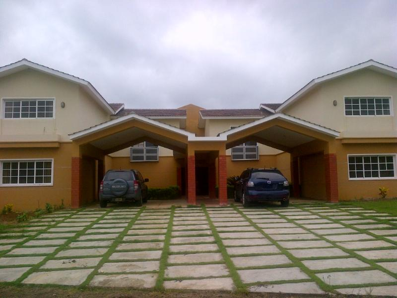 Huge 5 bedrooms Villa in Guavaberry Country Club. - Image 1 - Juan Dolio - rentals