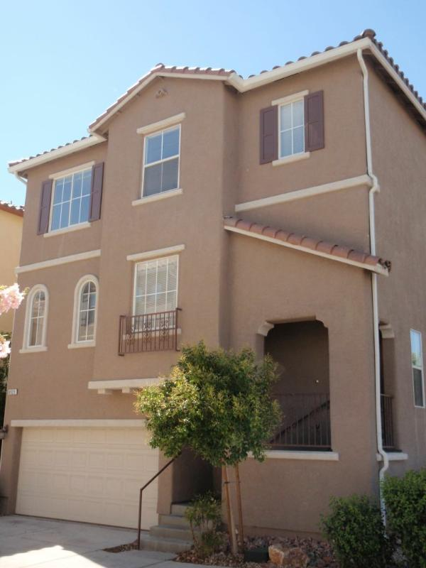 Front elevation - Las Vegas house near mountains & ski field - Las Vegas - rentals