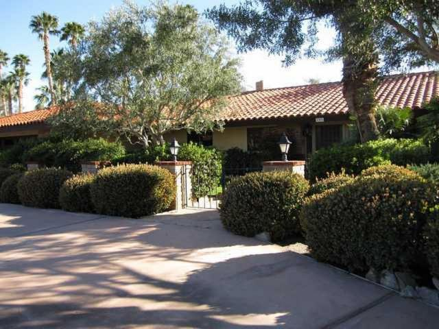 Front Enterance  - Luxurious 3BR Desert Home w/ Indoor Private Pool - Borrego Springs - rentals