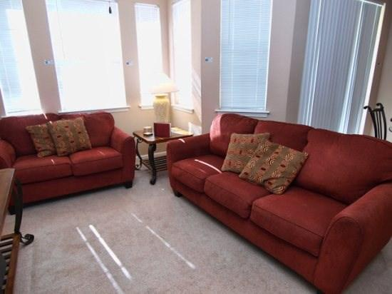 Living Area - TR2C104TRC Awesome 2 BR Condo Close to Local Attractions - Davenport - rentals