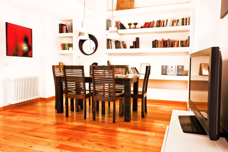 Dining area - Atelier San Pietro - Stylish apt close to history - Rome - rentals