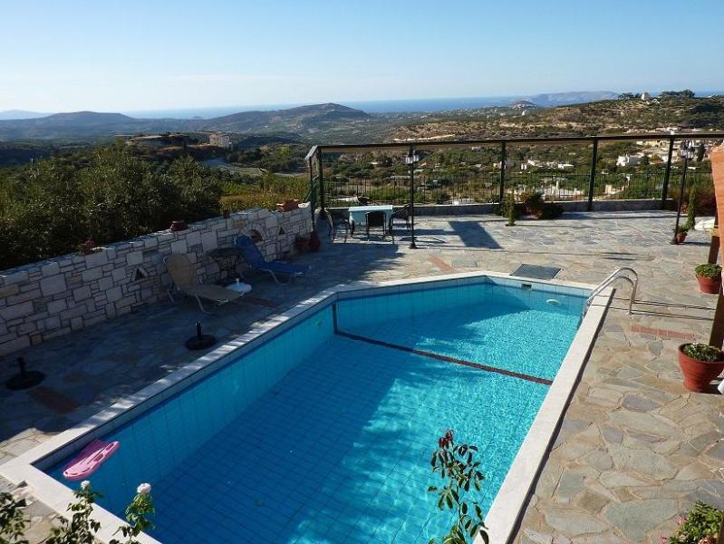 Swimming pool - Amazing villa with swimming pool at Crete - Heraklion - rentals