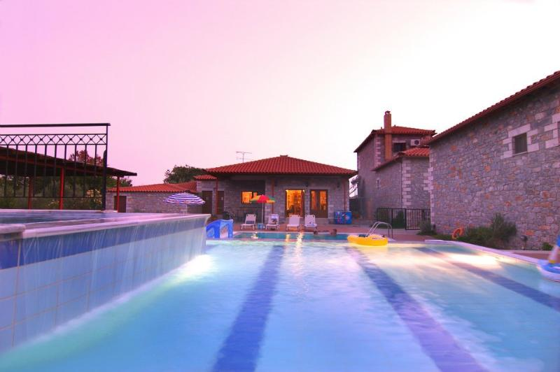 Pool Area - The Stephanou Inn Bed & Breakfast Maisonette E4 - Messinia - rentals