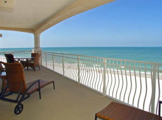 Gorgeous beach view in both directions from this corner with 30ft balcony! - Luxury Beach Front Corner Condo - 30 Day Minimum - Redington Shores - rentals