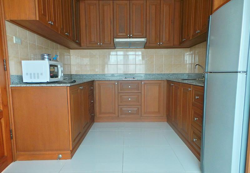 European Kitchen  - Thai - Style Apartment  on Pratumnak Hill - Pattaya - rentals