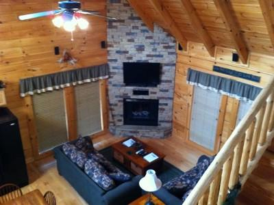 Great room with 42 inch flat screen tv and surround sound - Across The Trail Log Cabin in Bear Creek Crossing - Sevierville - rentals