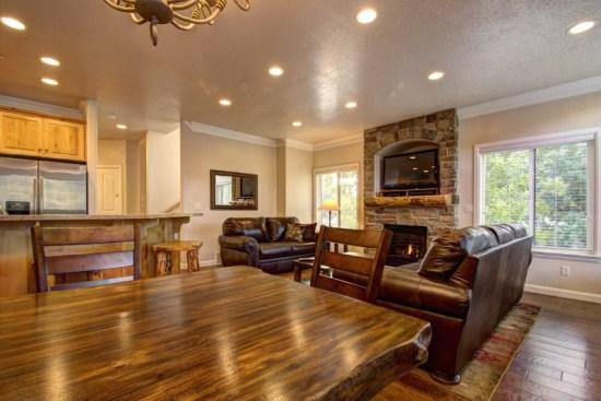 Snowbasin South Views | Luxury 4 Bedroom Condo | Newly Remodeled - Image 1 - Huntsville - rentals