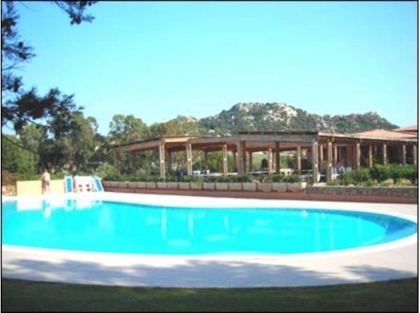 Emerald Coast residence with swimming pool - Image 1 - Porto Rotondo - rentals
