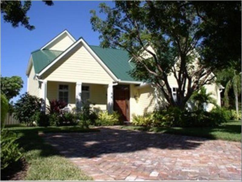 Front of House - wonderful executive home - beautifully furnished - walking distance to beach and 5th Avenue S - Naples - rentals