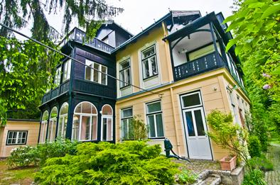 Front of Villa Marie - Villa Marie - Penthouse in the Vienna Forest - Purkersdorf - rentals