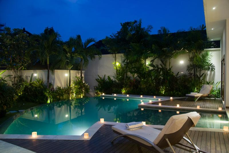 Villa Suliac - Pool by night - VILLA SULIAC - SUPER SPACIOUS, GREAT LOCATION - Legian - rentals