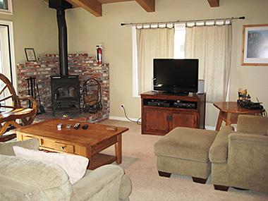 Living Room - Chateau Sans Nom - CSN16 - Mammoth Lakes - rentals