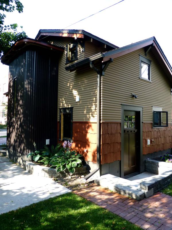 2 Blocks to THE HIP STRIP in the Heart of DOWNTOWN - Image 1 - Missoula - rentals