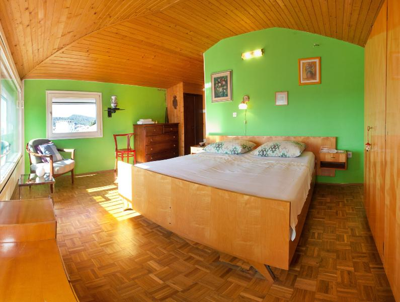 Large bedroom with double bed - Amazing view and comfort in Split, Dalmatia - Split - rentals