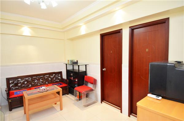 Upon MTR 3 bedrooms & 3 bathrooms for 1-12ppl QK - Image 1 - Hong Kong - rentals