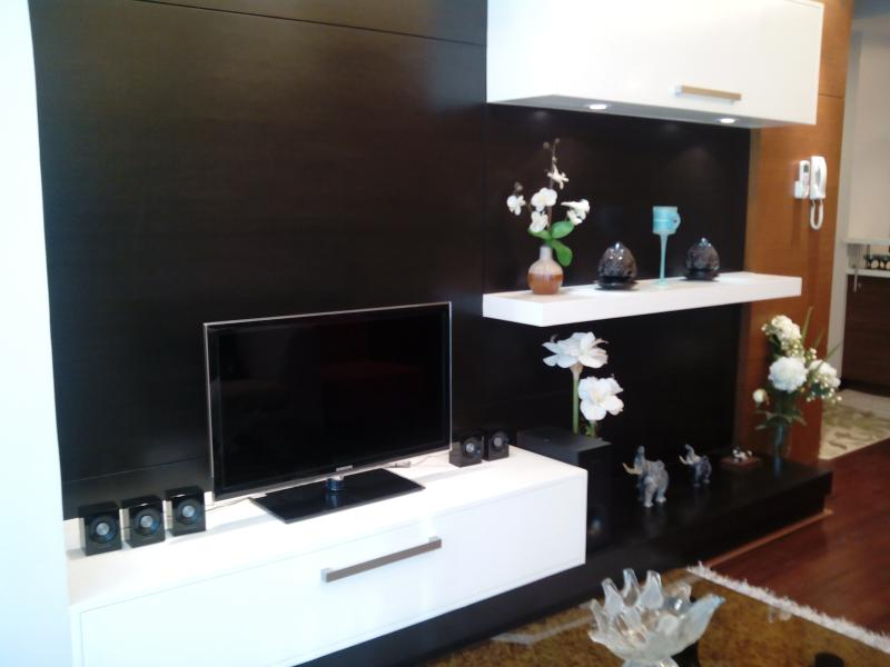 Fully Furnished 2BR Condo at BGC w Wifi - Image 1 - Taguig City - rentals