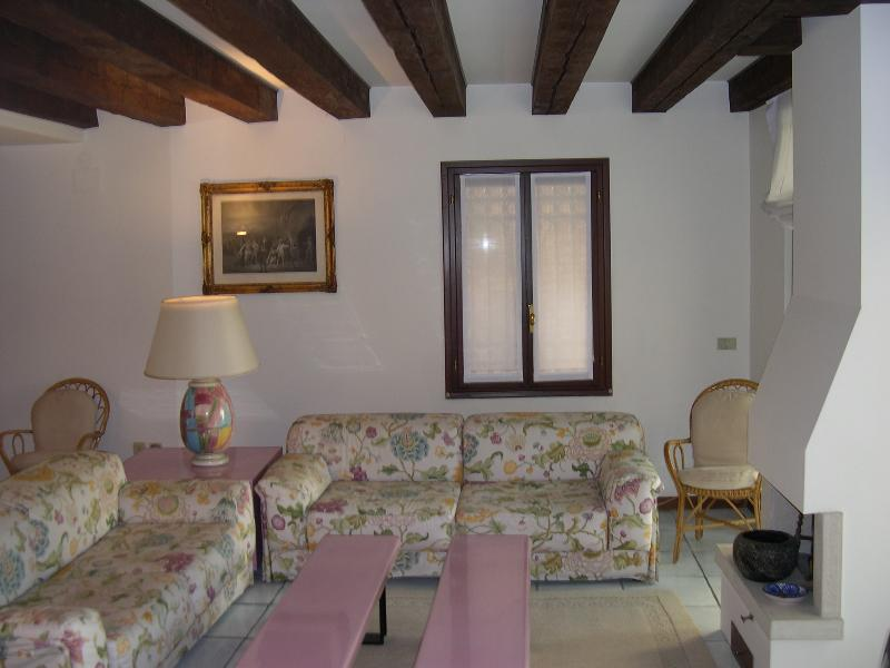 Pink House - Image 1 - Venice - rentals