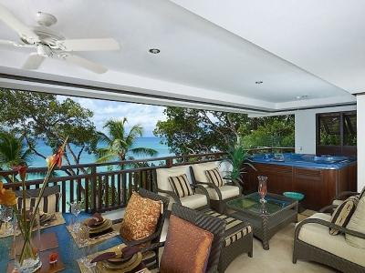 3 Bedroom Apartment with Jacuzzi in Paynes Bay - Image 1 - Paynes Bay - rentals