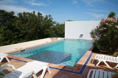 4 Bedroom Villa with Private Pool in West End Bay - Image 1 - West End Bay - rentals
