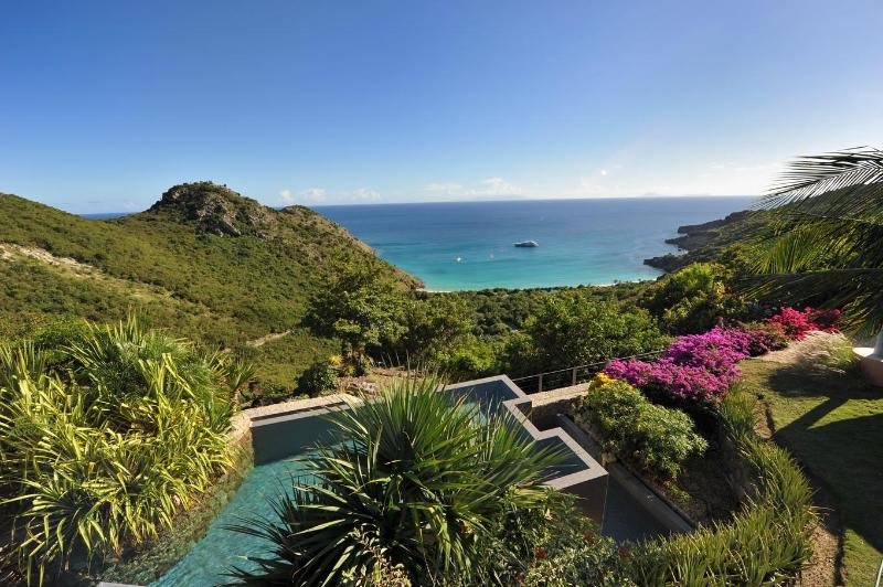 Magical 5 Bedroom Villa with Ocean View in Gouverneur - Image 1 - Gouverneur - rentals