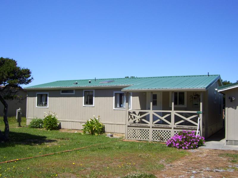 WHALES TALE EAST SIDE - Whales Tale At Nesika Beach Gold Beach Oregon - Gold Beach - rentals