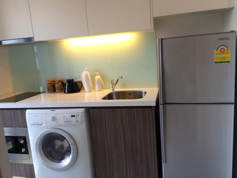 Electric appliances - Brand New Condominium Chao Phraya River View  Near Sathorn Bridge Near Bts Free Wifi - Sao Hai - rentals