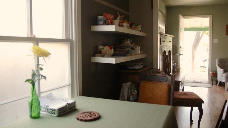eat in kitchen. - Private House in Central Austin, SOCO & Downtown. - Austin - rentals