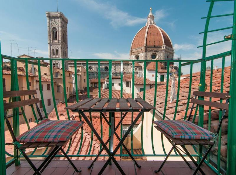 balcony with Duomo View - Huge Flat with Duomo breathtaking view - Florence - rentals