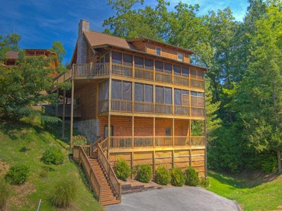 ER241 - EAGLES CREST LODGE - Image 1 - Pigeon Forge - rentals