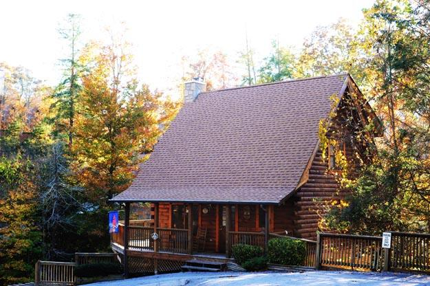 ER248 - SCENIC HIDEAWAY - Image 1 - Pigeon Forge - rentals