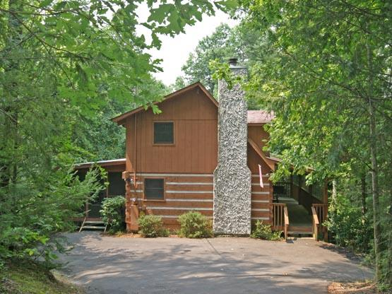 CO24 - COUNTRY OAKS 24 - Image 1 - Pigeon Forge - rentals