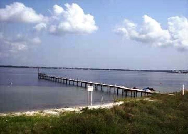 Enjoy the community pier that goes out into the Sound. - Santa Rosa Dunes #824 - Pensacola Beach - rentals