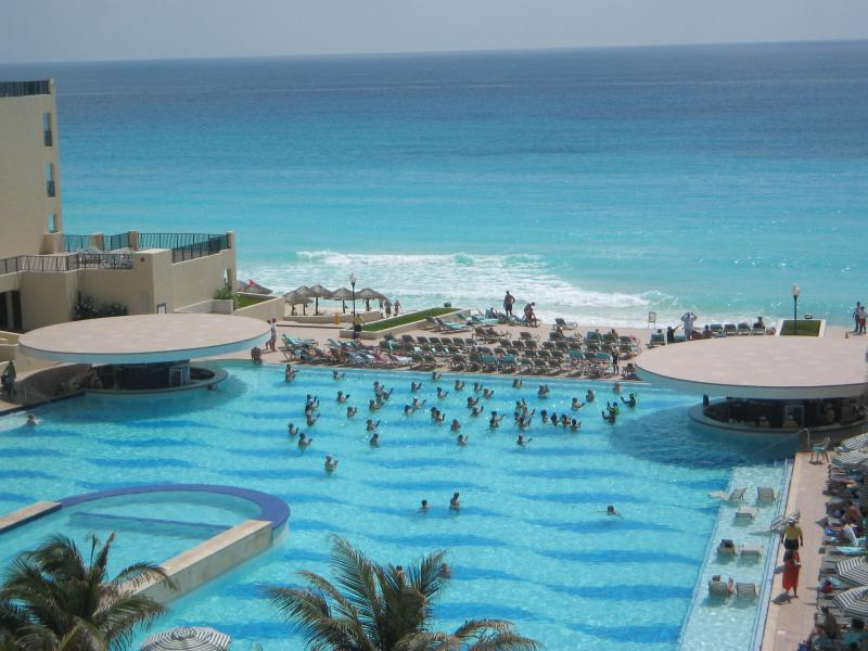 View from suite's balcony - 5 Star Resort Villa for Rent in Cancun, Mexico - Cancun - rentals