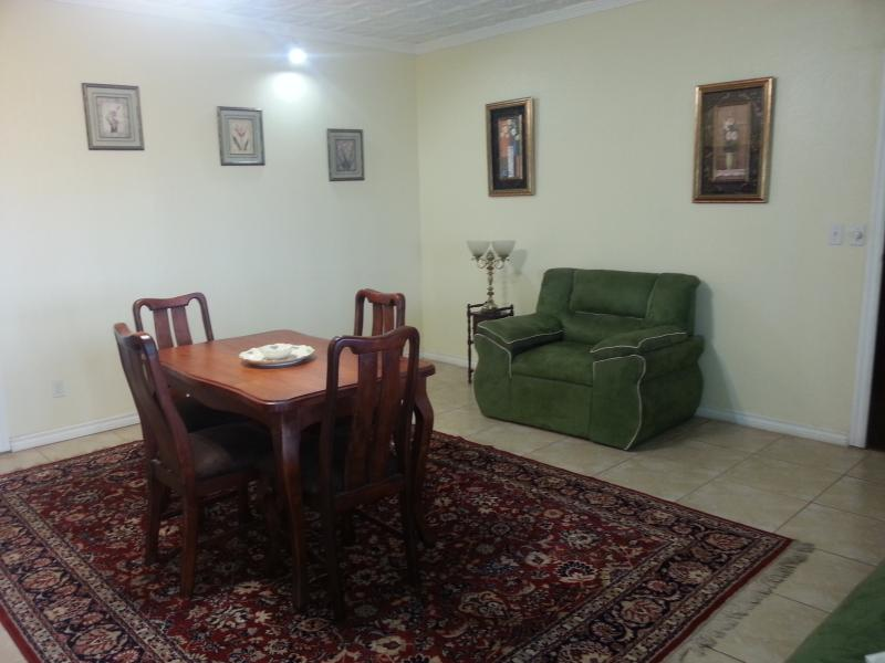 Dining room - Central Valley! 15 min from San Jose airport - Sabanilla - rentals