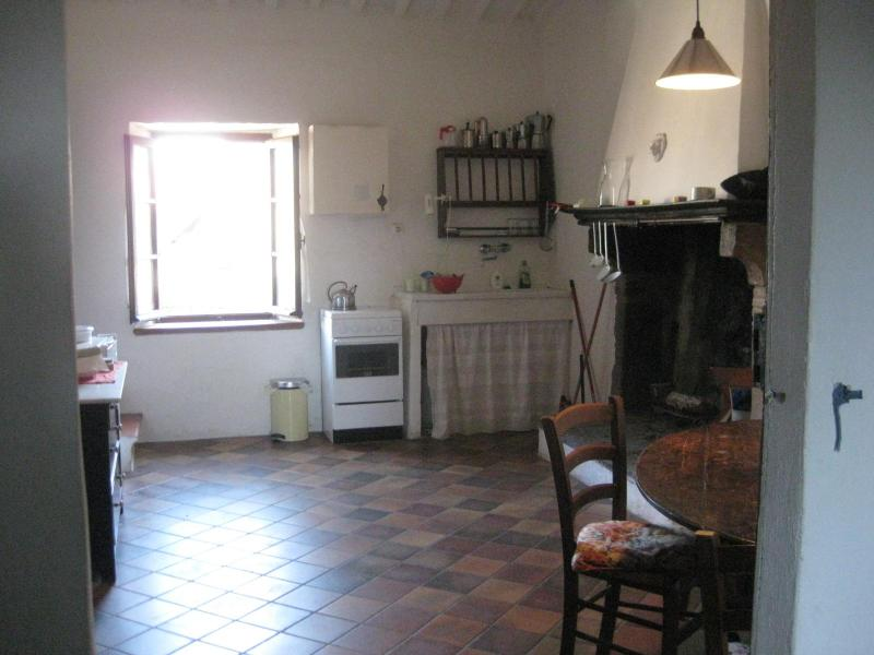 kitchen - Evening Sun - nice flat in the old part of town - Pitigliano - rentals
